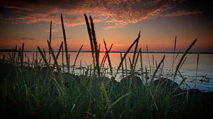 Vibrant Sunsets Longplay